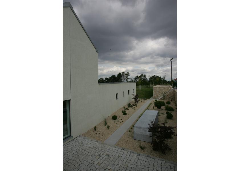 10-Topolsky-Mikulovice-Zdenek-Balik-architekti-pardubice-ZETTE-atelier-projkcni-prace-interiery-zahrady-rodinne-domy-architektura-urbanismus